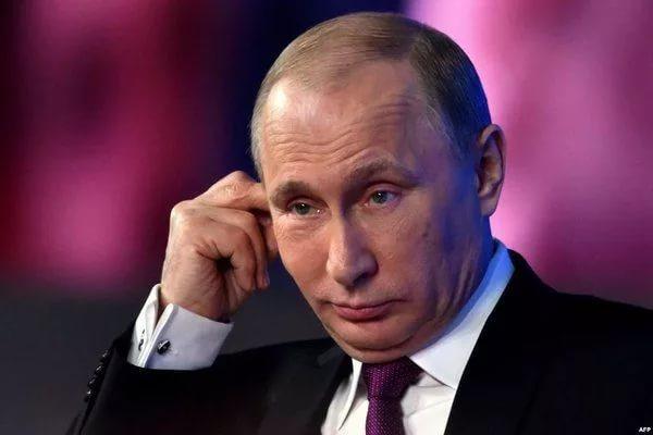 Путин дал комментарий по необходимости ухода России от доллара