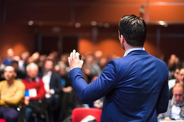 Топ-3 способа, как развить свое ораторское мастерство