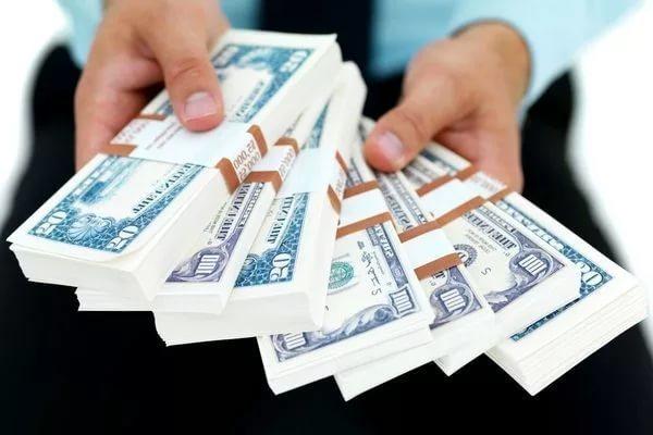 Банки будут выдавать гражданам России большие кредиты