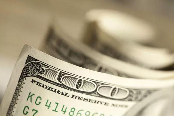 Богачи из России скупают госдолг США