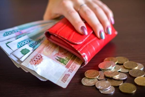 Жителям России напомнили о двойной зарплате в праздники