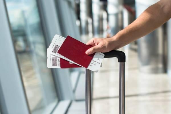 Минтранс назвал условие для снижения цен на авиабилеты в РФ