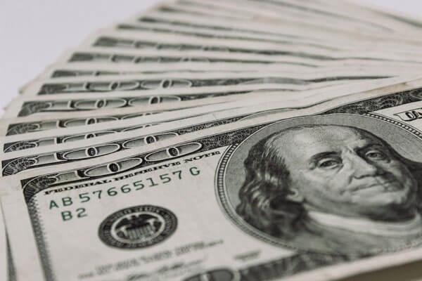 Америка стала лидером по инвестициям в экономику России