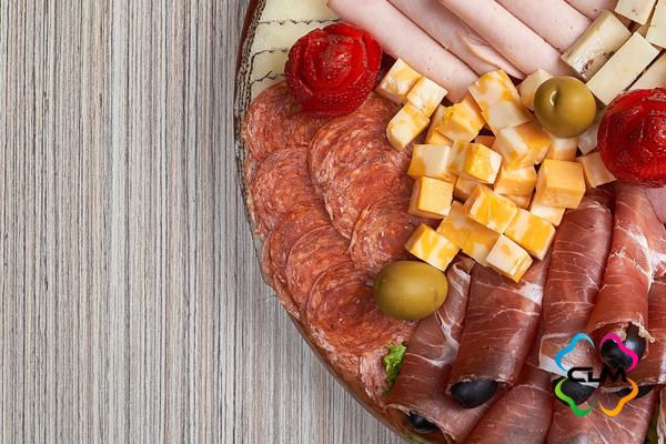 Из-за запрета на ввоз сыра и хамона жители РФ теряют 445 млрд рублей ежегодно