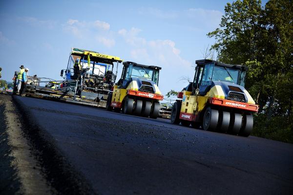 Кабмин выделит 15 млрд рублей на строительство дорог