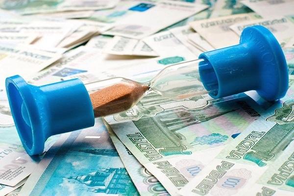 Экономисты прогнозируют долговой кризис в России