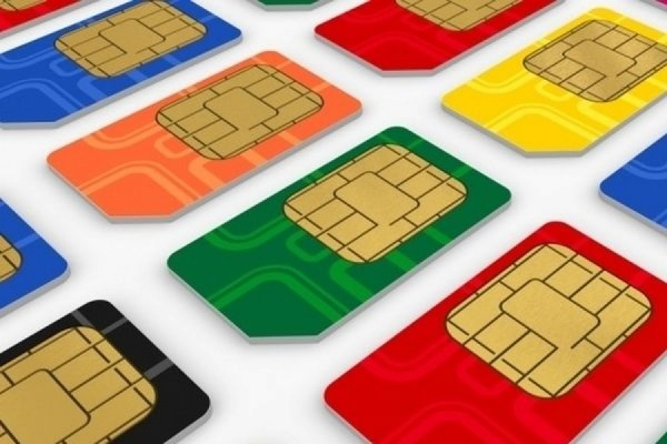 Российские сотовые операторы против электронных сим-карт