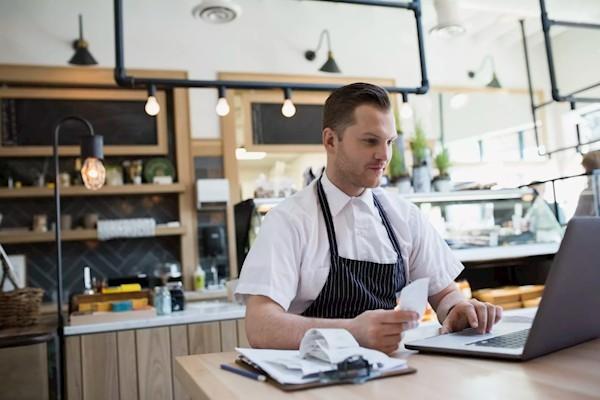 Сбербанк назвал долю занятых в секторе МСП
