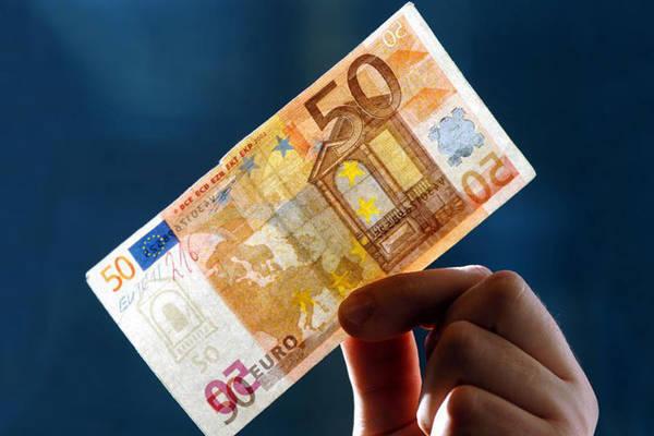 Мошенники в России все чаще подделывают евро