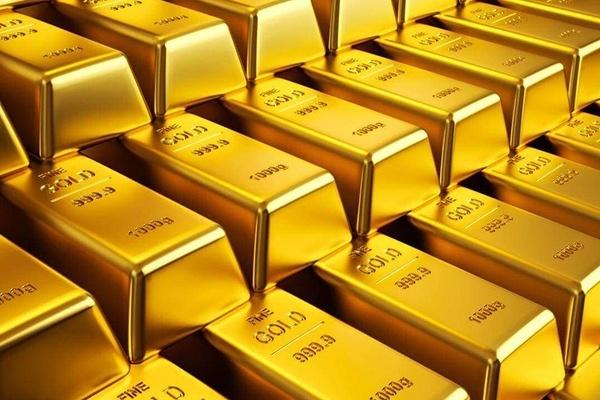 ЦБ закупили рекордное количество золота почти на 16 млрд долларов