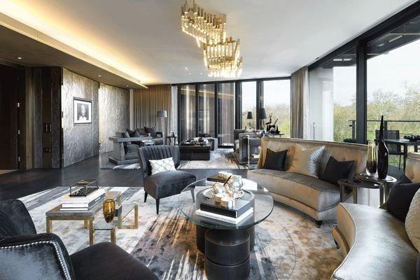 В Москве на продажу выставили тысячи квартир от 100 млн рублей за объект