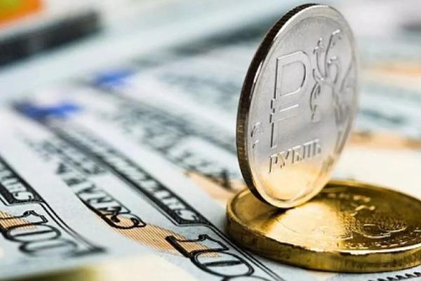 Эксперт рассказал о факторах роста рубля