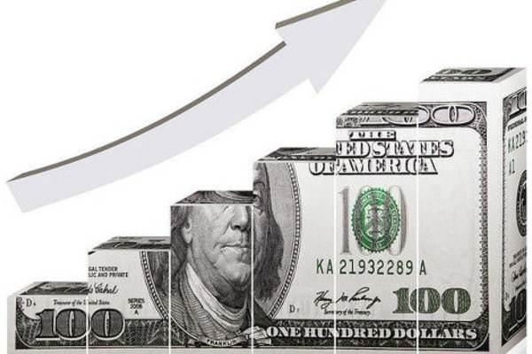 Курс доллара впервые с весны преодолел порог в 66 рублей