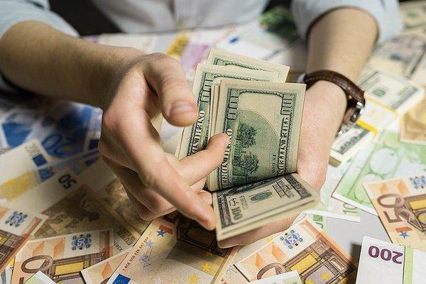 Валютные депозиты жителей России значительно выросли