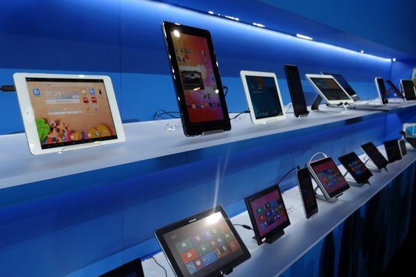 Эксперты: жители России потеряли интерес кпокупке планшетов