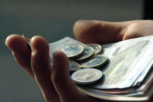 Эксперт предупредил жителей России о риске потери пенсий