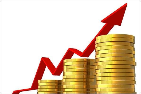 Экономист дал прогноз по росту доходов жителей России на ближайший год