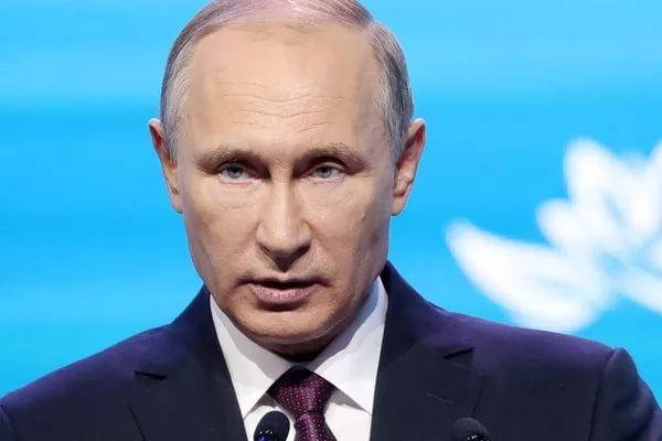 Путин: не нужно забрасывать экономику деньгами