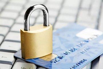 Налоговики пригрозили самозанятым блокировкой банковских счетов