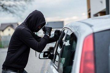 Защитить авто от угона поможет не только сигнализация