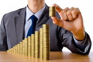 Расходы жителей России показали рекордный рост в марте