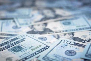 Из-за новых санкций Америки доллар вырастет до 70 рублей