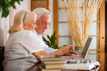 Эксперты назвали уровень доходов для комфортной жизни напенсии